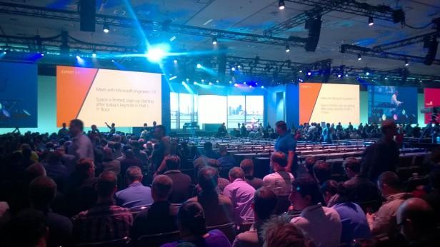 En attente de la keynote / WP_20140402_006